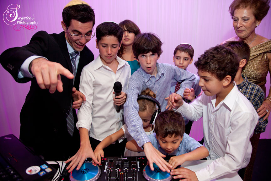 Wedding DJ at SOHO Catering and Events in Hollywood, Florida (16)