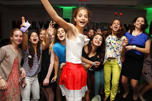 Lily Bat-Mitzvah DJ Cine Citta Bal Harbour (9)
