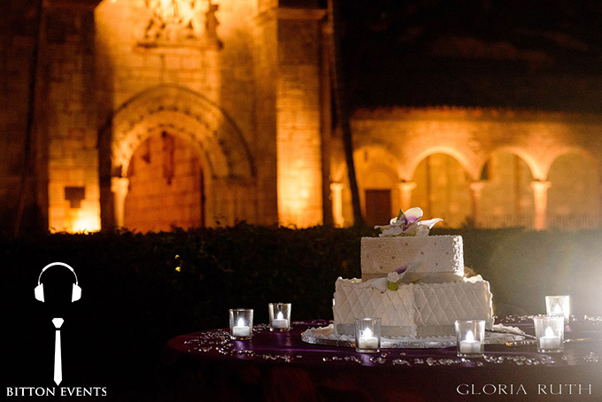Ancient-Spanish-Monastery-Wedding-Pictures-Florida(17)