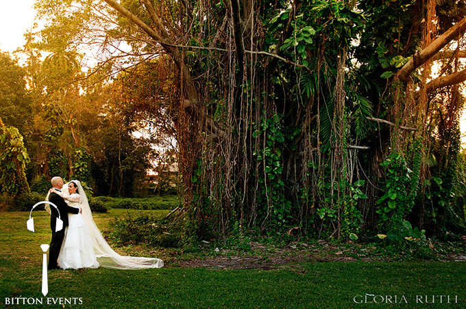Ancient-Spanish-Monastery-Wedding-Pictures-Florida(22)