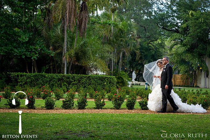 Ancient-Spanish-Monastery-Wedding-Pictures-Florida(3)